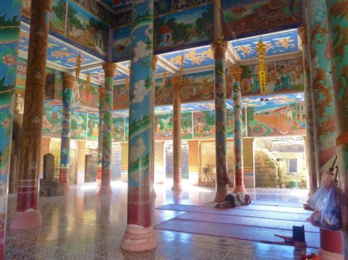 kampong cham temple intérieur